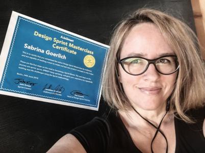 Sabrina Goerlich with her certificate