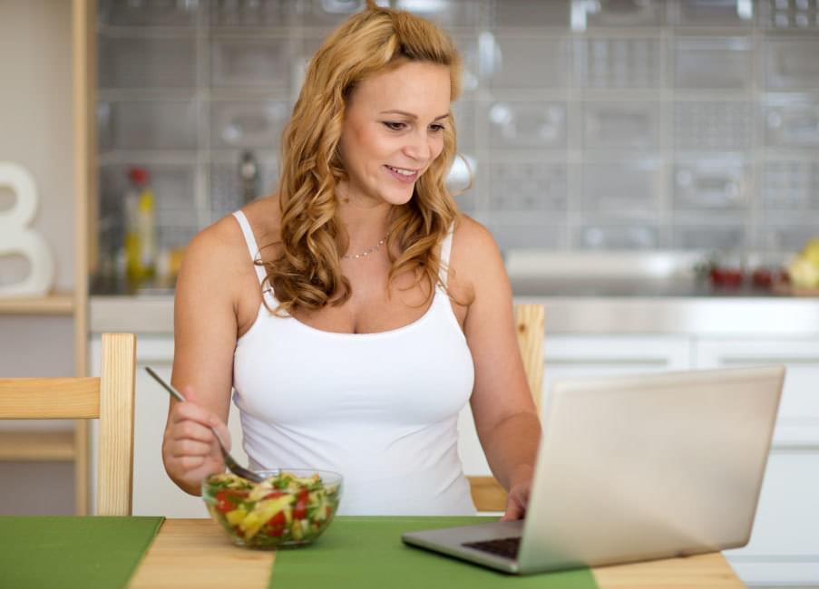 mujer, comiendo, nutricion, saludable